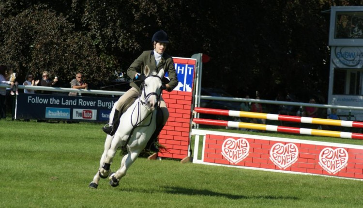 Camilla Hancox on Carraroe Jess for the 3rd placed South Notts 750x429 - Pony Club teams enjoy a brilliant Burghley