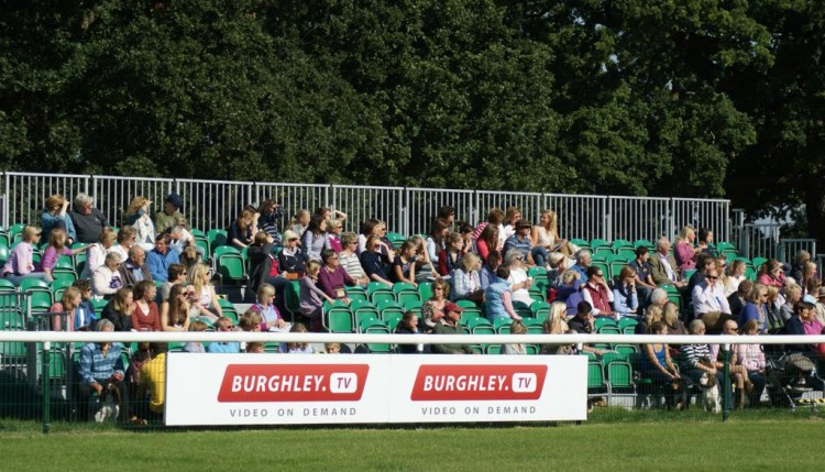 Spectators and supporters watch the Popny Club SJ 750x429 - Pony Club teams enjoy a brilliant Burghley