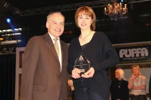 Alistair Stewart with winner Claire Sellors 300x199 - The 2012 Virbac Equine SQP of the Year Award goes to Claire Sellors