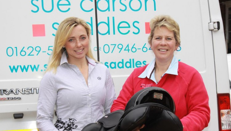 Emma HyslopleftSueCarson 750x426 - Event rider Emma Hyslop secures support from Sue Carson Saddles