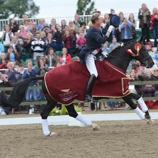 Nat Champ sq - 7th Win for Carl Hester