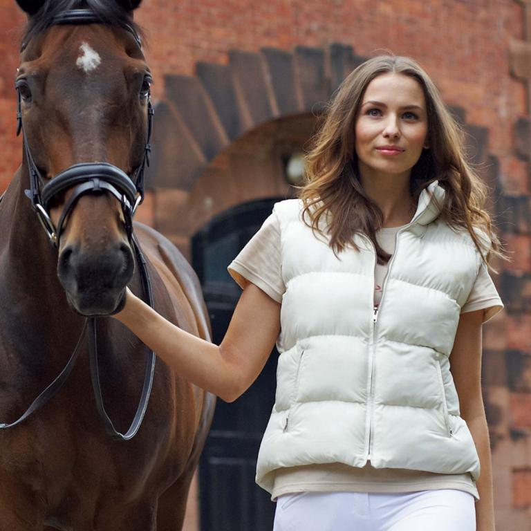 DH GILET - Shhhhhhh... here's another exclusive offer for our fans from Derby House!!