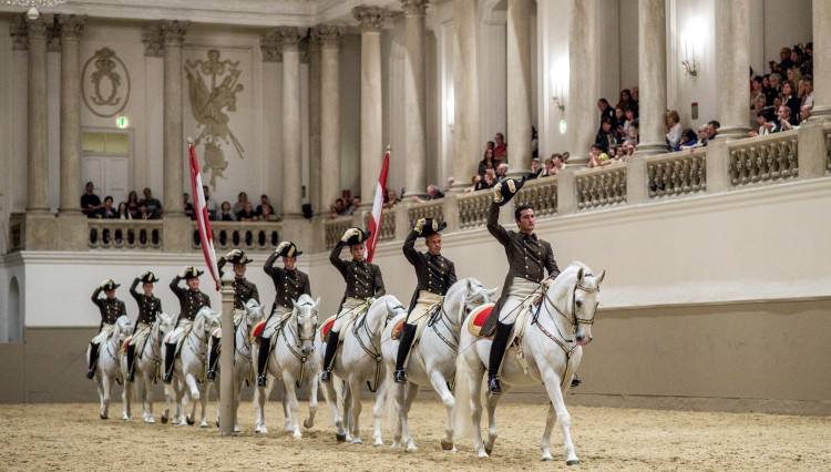 School Quadrille c Spanish Riding School ASAblanca.com Ren+R van Bakel1 750x426 - The Spanish Riding School of Vienna announce 2014 UK tour