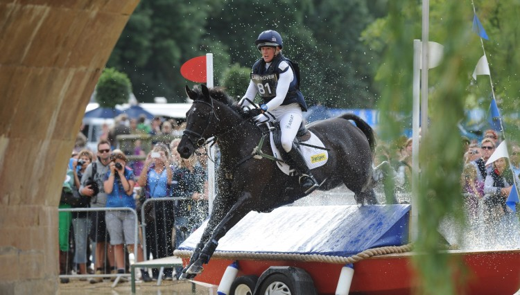 Nicola Wilson Opposition Buzz at LRBHT  750x426 - Land Rover Burghley Horse Trials Wins International Award