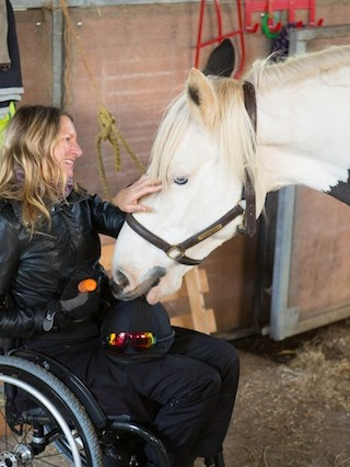 Sarah and Gypsy 2 320x426 - Paraplegic former jockey seeks horse for charity challenge
