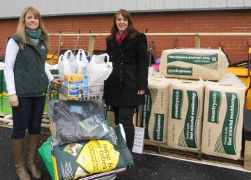 shopping trolley - Shopping spree heaven for SPILLERS® Diamond Club winner
