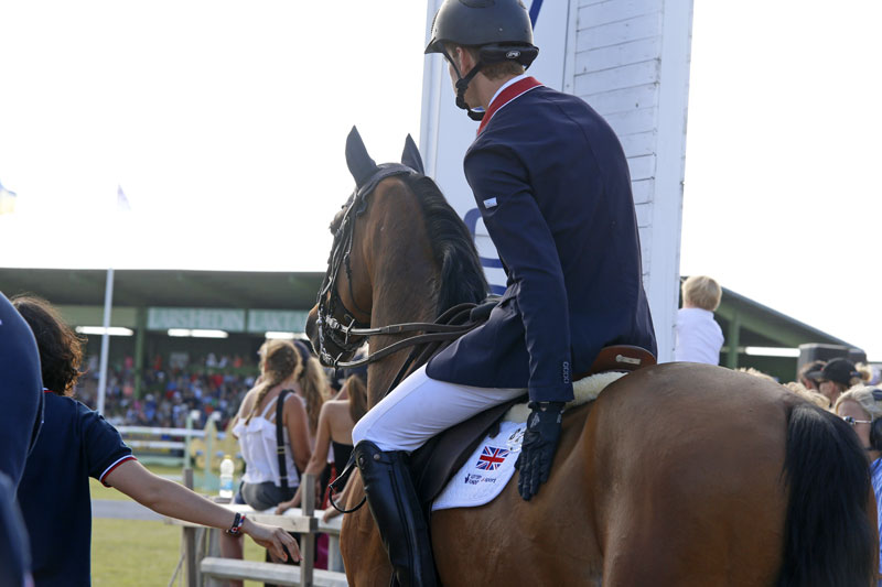 Spencer Roe - British Showjumper Spencer Roe Receives Sponsorship from Pegasus Health