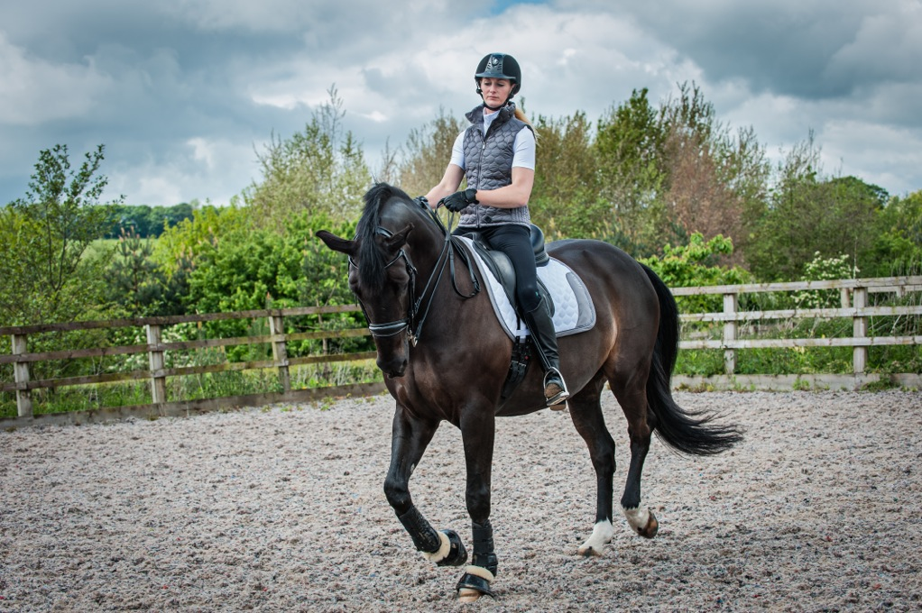 CALDENE RIDER EMMA WOOLLEY - Caldene offers free lessons with top names