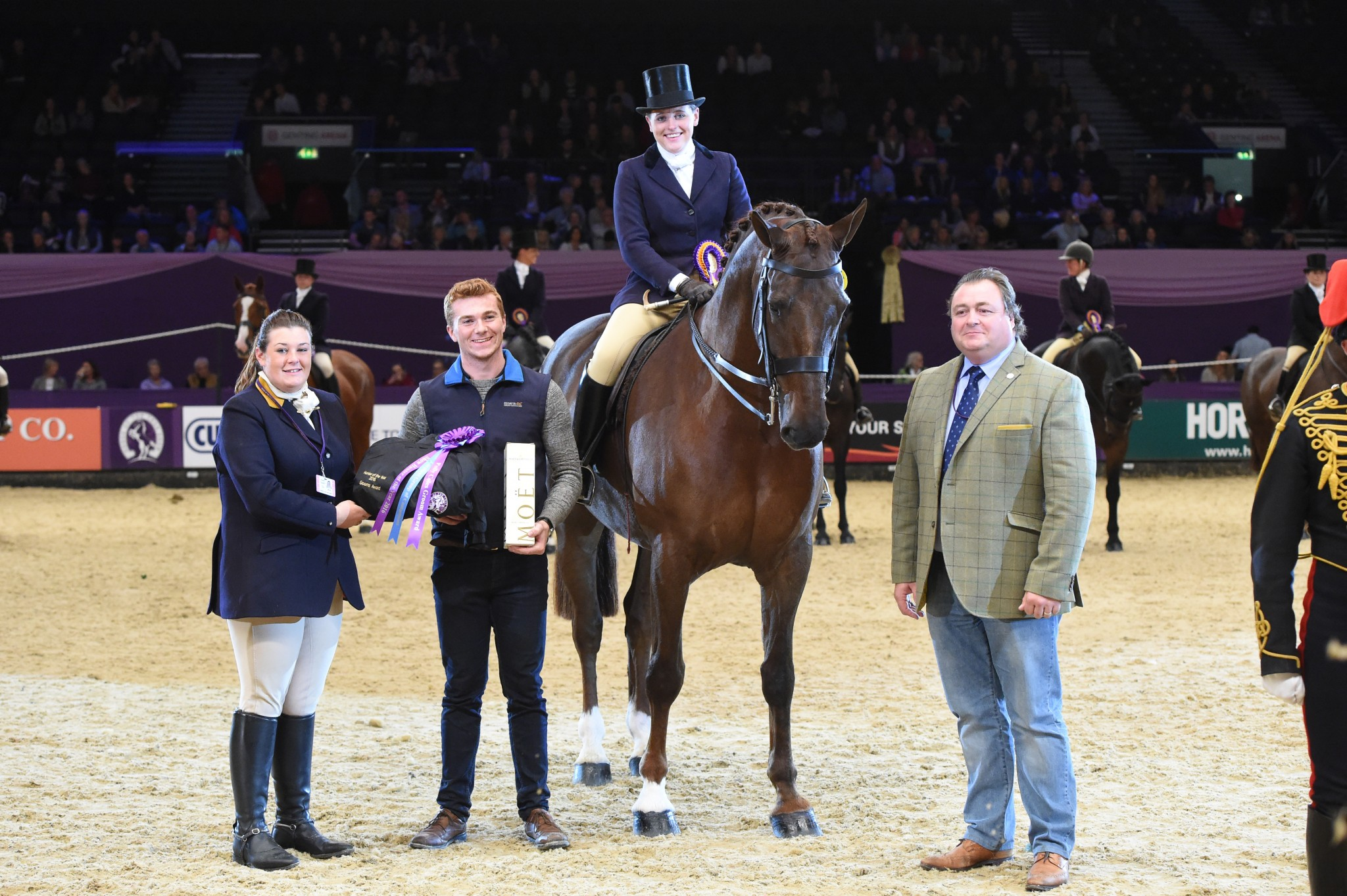 Guy Fawkes III Intermediate Show Hunter of the Year Champion - Meg Edmondson crowned the Guy Fawkes III Intermediate Show Hunter of the Year