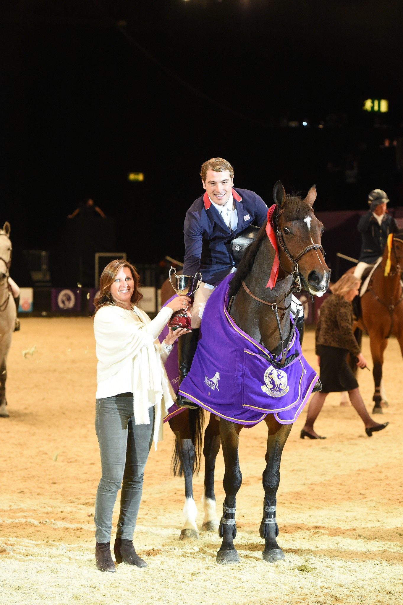 Joe Whitaker Lavarno ReadySupp Cup Credit ES PHotography - South Yorkshire's Joe Whitaker wins the ReadySupp Cup in the International Showjumping at Horse of the Year Show