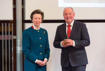 Dr Simon Curtis receiving the Sir Colin Spedding Award presented by HRH The Princess Royal President of the National Equine Forum  360x245 - Farrier Receives NEF Award