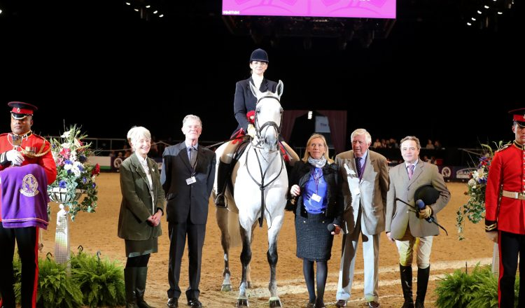 Class 29 SEIB Search for a Star Championship 2 750x440 - Let's all Follow Her Home - SEIB Search for a Star Champion is crowned at HOYS