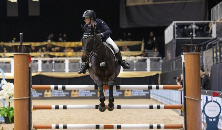Eve Stavely 750x440 - Eve Gallops to Success at Liverpool