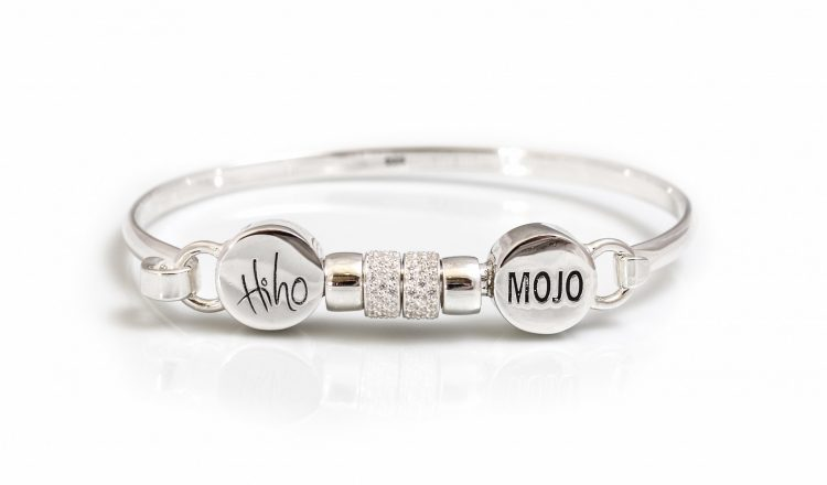 3fd72006 ff5e 432d 939b 5916aecfb86f 750x440 - Hiho Silver designs two new bangles in collaboration with Mojo