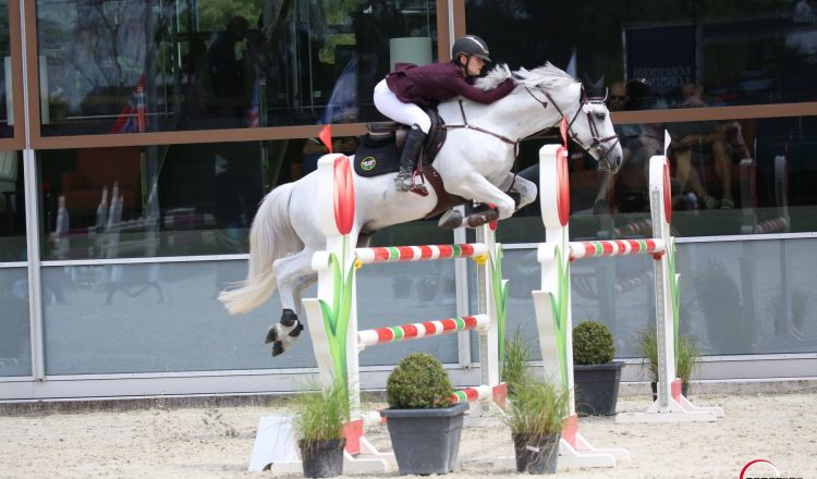 holly truelove 2 750x440 - Showjumping Star Selected Again for Team GB