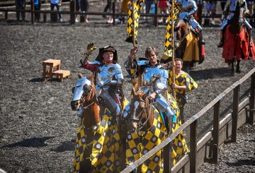 AYP 0009 Andy Deane UK and Mike Collin UK 360x245 - Royal Armouries  in Leeds hosts Jousting teams