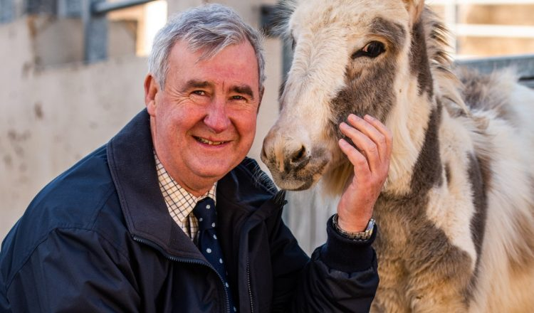 Yorkshire Vet Peter Wright The Donkey Sanctuary ambassaor 750x440 - The Donkey Sanctuary announces 'Yorkshire Vet' Peter Wright as ambassador