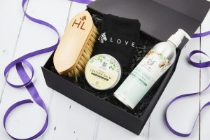Naturally Clean 300x200 - Hooves & Love celebrates two years putting a smile on the faces of horse lovers