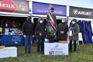Eliza with her owners and Sally Platt of Tiggas Saddlery 300x200 - Eliza Stoddart Defends Five-Year-Old Championship at Oasby